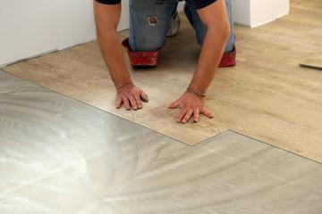 The Pros and the Cons of Luxury Plank Vinyl in Coral Springs